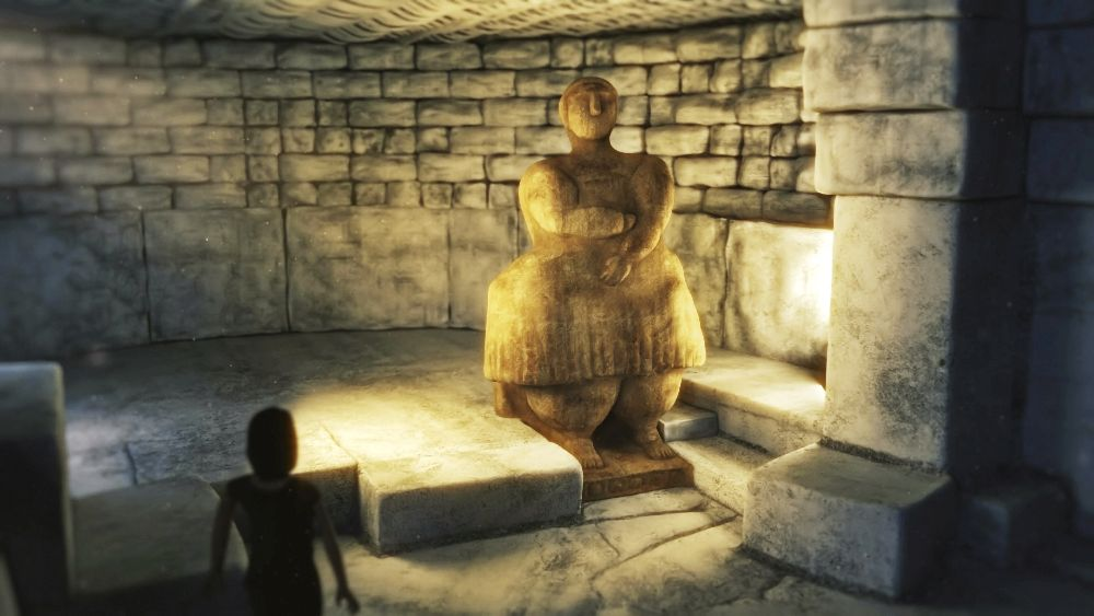 Die Mater Magna Figur aus Malta. Eine kollosale Frauenfigur in einer 3D-Computersimulation. Die Frauenfigur ist sehr breit gbaut, und trägt ein knielanges Kleid. Sie ist in einem Raum aus Grauen Stein errichtet der mit Fackeln erhellt wird.