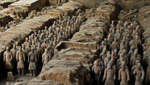 Aktuell: 200 neue Figuren der Terrakotta Armee freigelegt