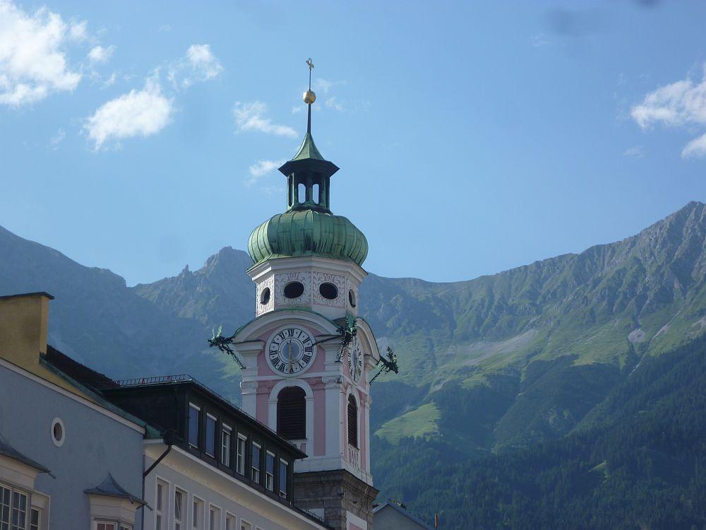 Innen größer als Aussen - das Raumwunder der Innsbrucker Spitalskirche