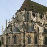Adventskalender Tür 9: Die Kathedrale von Noyon - Ein Stück christliche Geschichte