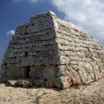 Adventskalender Tür 13: Naveta des Tudons - Ein Schiff aus Stein für die Toten