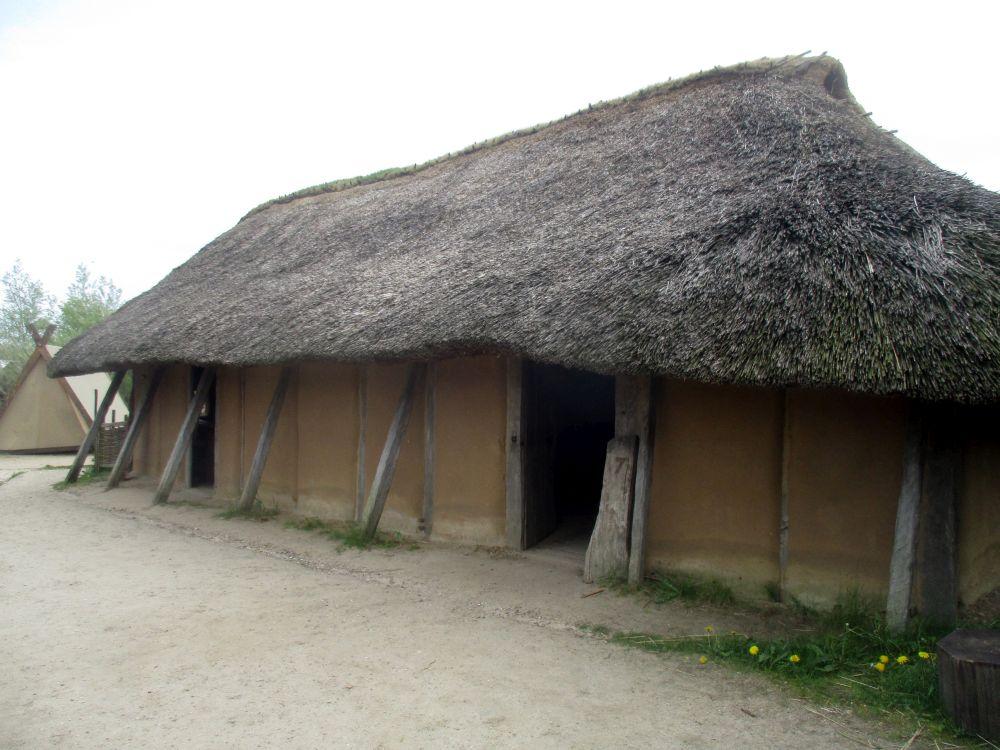 Die Rekonstruktion eines Wikingerhauses.