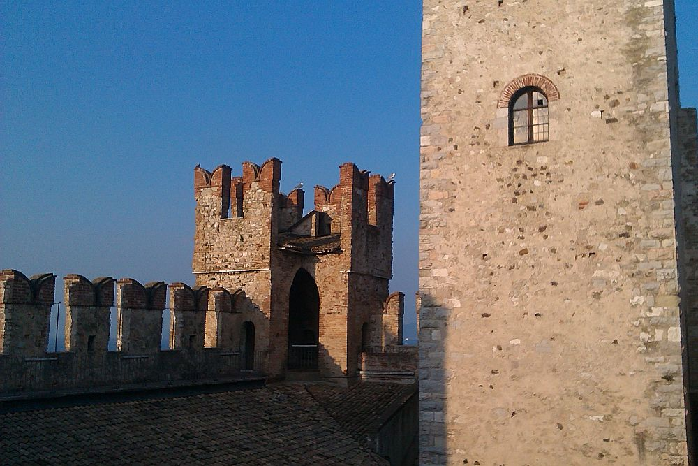 Wehrgang im oberen Burgbereich