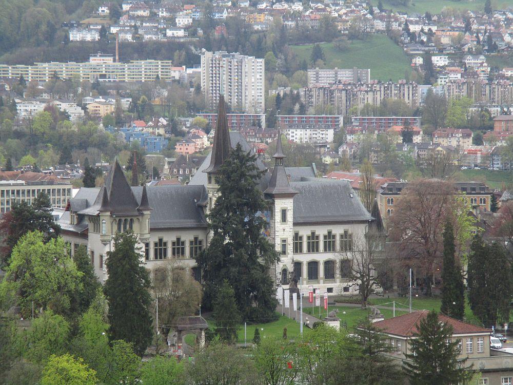 Blick zum Bernischen historischen Museum