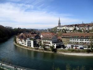 Die Schlinge der Aare um Bern