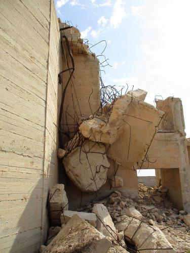 """<a href=""""http://www.miss-jones.de/bwg_gallery/abseits-der-pfade-querfeldein-auf-lampedusa/"""">Abseits der Pfade - Querfeldein auf Lampedusa</a>"""