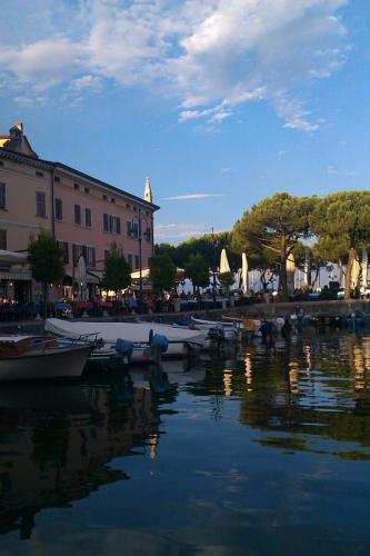 Kleines Hafenbecken