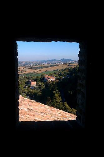 """<a href=""""http://www.miss-jones.de/bildergalerie-rocca-del-sasso/"""">Bildergalerie Rocca del Sasso</a>"""